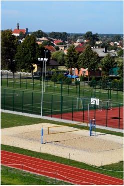 MP Czocz modernizacja boiska 2013