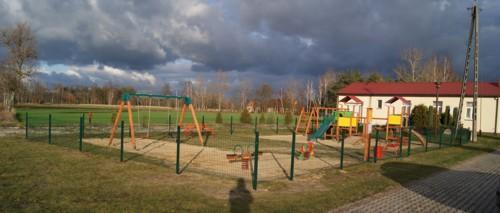Remont placu zabaw we Wronowie 2014